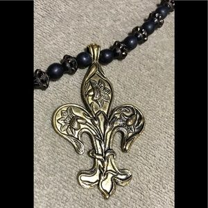 Jewelry - ⚜️ ⚜️⚜️Fleur di Lis Necklace